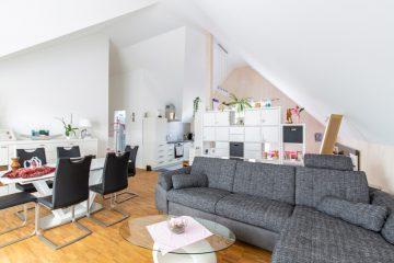 Pfiffige 1 – Zimmer – Dachgeschosswohnung in zentraler Lage!, 72202 Nagold, Dachgeschosswohnung