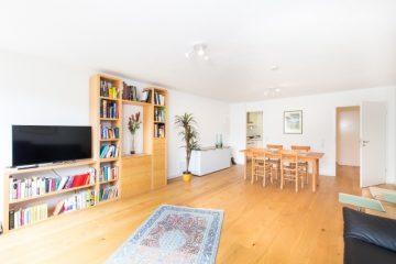 Top gepflegte 2 Zimmerwohnung mit moderner Einbauküche und modernem Tageslichtbad, 75378 Bad Liebenzell, Etagenwohnung