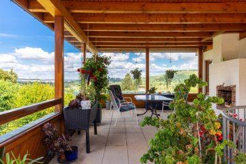 Gepflegtes Einfamilienhaus mit kleiner Einliegerwohnung in ruhiger Lage!, 74235 Erlenbach / Binswangen, Einfamilienhaus