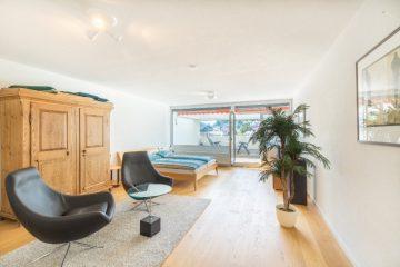Altersgerechte 2 – Zimmerwohnung mit Einbauküche und Aufzug, 75378 Bad Liebenzell, Etagenwohnung